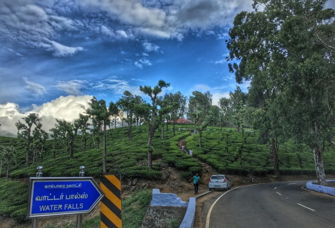 places to stay at valparai