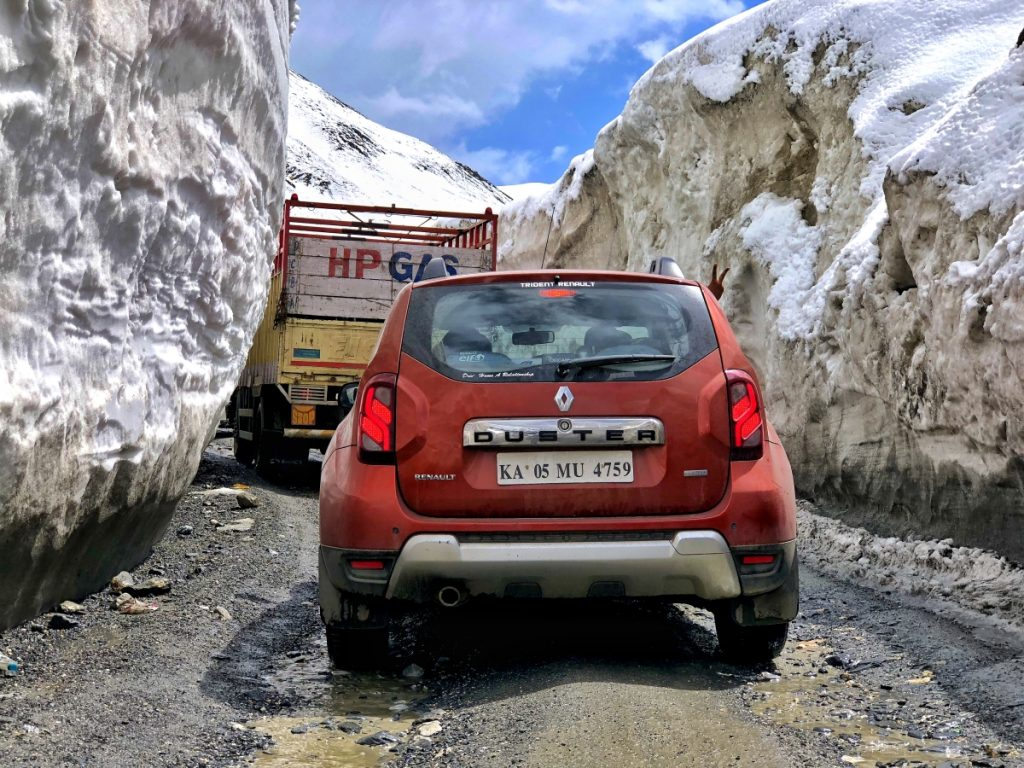 Zojila Pass roads