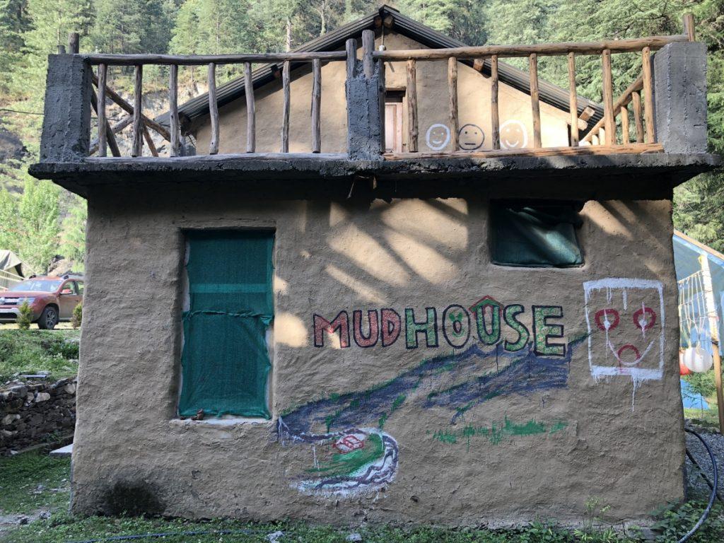 Mudhouse hostels